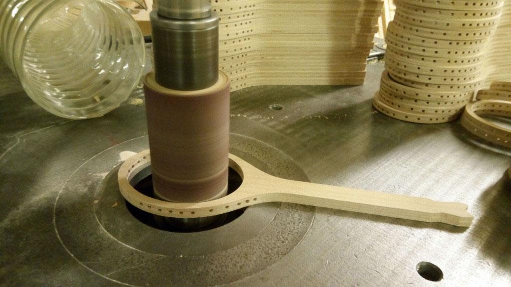 tennis-racket-wood-cnc-frezovanie-dreva-tvaroch-07