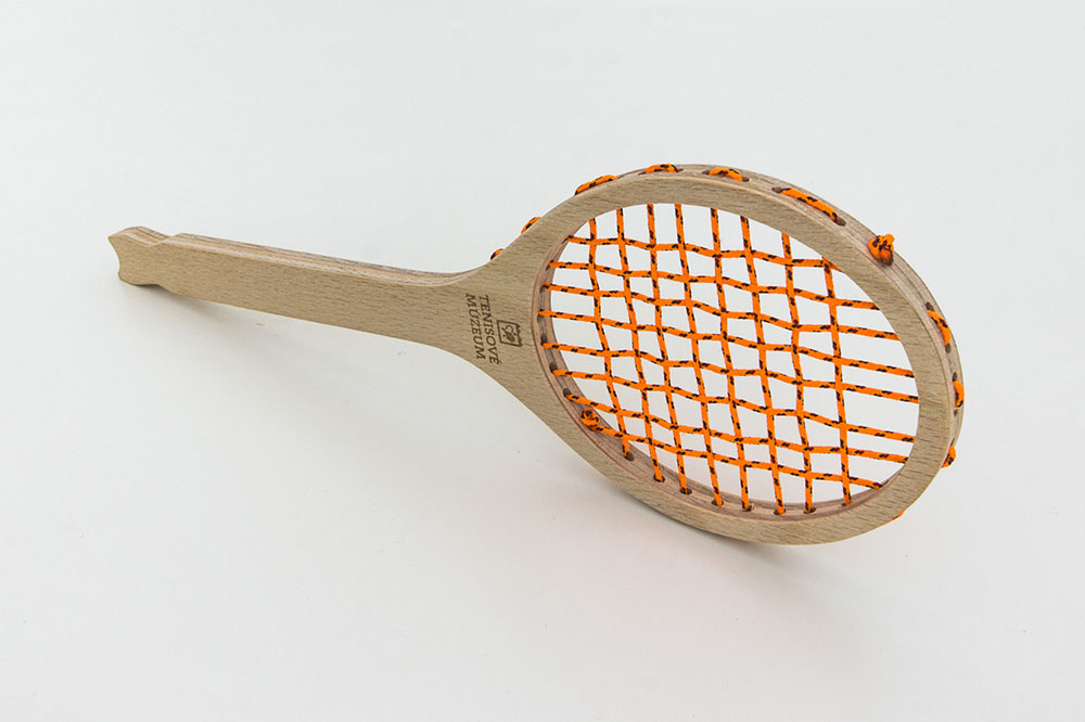 cnc-routing-wood-tvaroch-tennis-racket 4