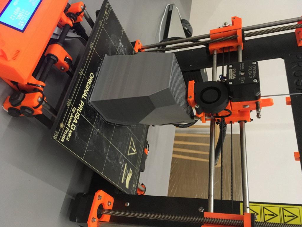futuristic-model-3d-tlac-3d-printing-tvaroch